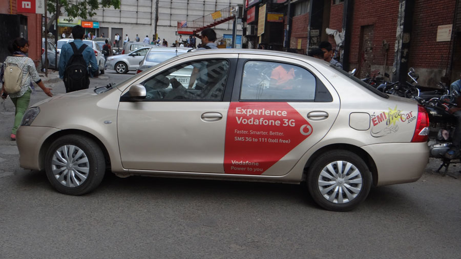 vodafone Advertising on Car